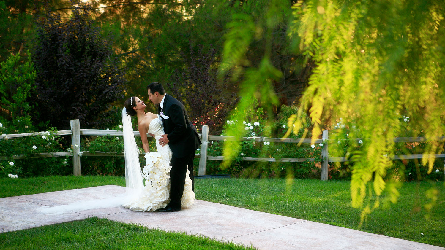 Garden-Ceremony-Site-00055